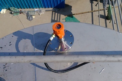 雷达液位计在化工厂使用